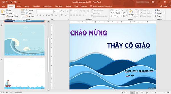 Slide powerpoint mẫu đẹp thuyền và sóng